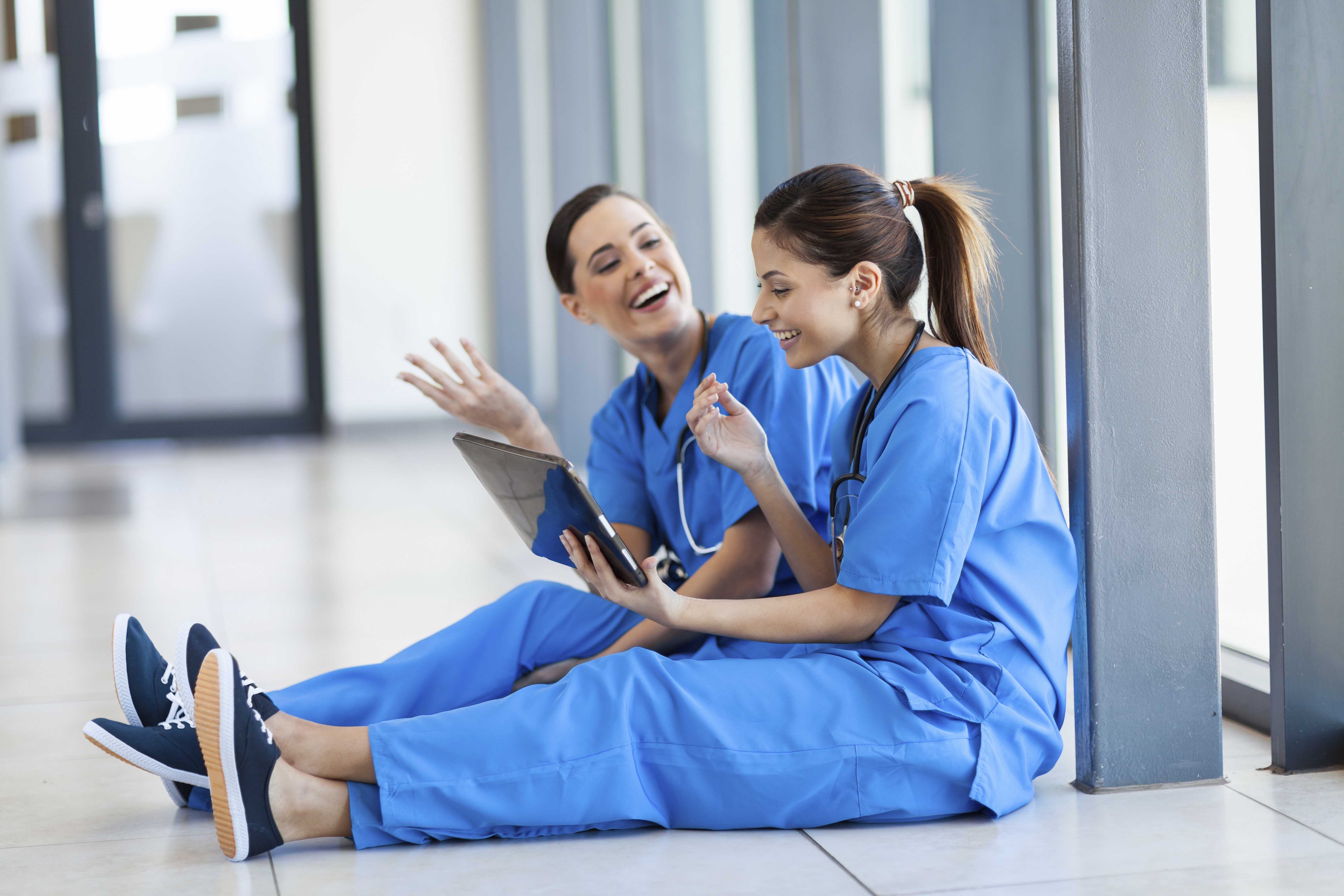 Travel Nursing Image - plains medical staffing